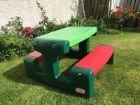 Little Tikes Outdoor Picnic Table
