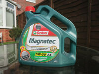 4ltr of Castrol Magnatec 5W-30 Synthetic oil