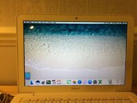 Mid 2010 MacBook for sale - Excellent condition