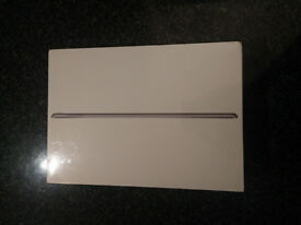 Apple iPad Pro 32GB, Wi-Fi + Cellular (Unlocked), 9.7in - Space Grey