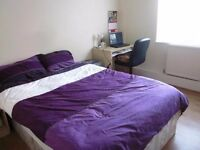 Spacious Double Room in Maida Vale Available