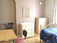 ROOMS ALL BILLS AND WIFI INCL. £60 - £72, CLOSE CITY CENTRE HANLEY, FURNISHED, SHORT AND LONG LETS