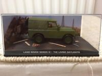 1:43 Land Rover Series III - JAMES BOND COLLECTION - The Living Daylights - FABBRI