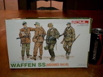 WW#2, German, WAFFEN SS SOLDIERS (ARDENNES 1944-45),Plastic Model Kit,Scale 1/35