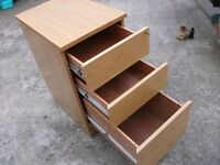 LOVELY SOLID WOODEN QUALITY 3 xDRAWER FILING CABINET WITH LOCKING AND KEY