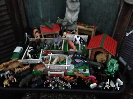 wooden toy farm incl 100+ animals and accessories