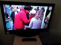 """Great Condition 32"""" ALBA LCD TV hd ready freeview"""