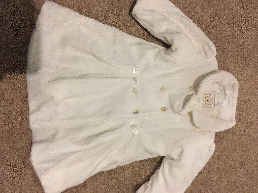 51d7f1876 Cream Baby coat in velvety material
