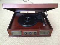 FREE - Steepletone USB Norwich Retro Record Player with Radio and MP3 Playback (FAULTY)