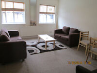 Great value 2 double bedroom flat very close to Seven Siters Tube Station