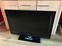PHILIPS 32 INCH HD TV + REMOTE! EXCELLENT CONDITION! BARGAIN!