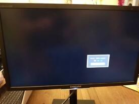 "Samsung 24"" monitor"