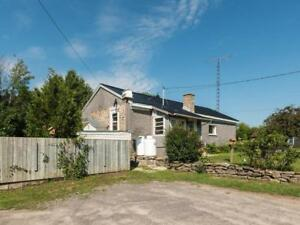 250 SOUTH GOWER DRIVE Kemptville, Ontario