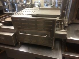 Conveyor Pizza Oven 31 cm(12.4 Inch) Wide Belt Made By MIRROR ,Genuine Bargain 3 Phase Electric £800