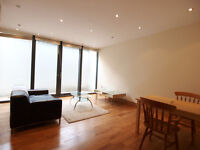 Very large & modern 1 bed flat in a private block seconds from Camden Town tube & High Street
