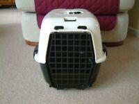 cream & black cat carrier in excellent condition