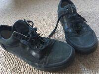 Vans black canvas trainers size 4 skate shoes