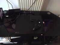 MICROSOFT XBOX ONE 500GB CONSOLE WITH PRE-INSTALLED GAMES
