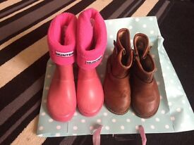 Infant size 7 ugg boots and hunter wellies and socks