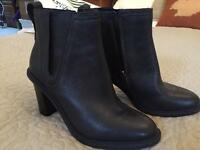 Clarks heeled black leather boots size 6 NEVER WORN