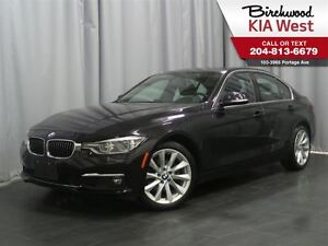 2016 BMW 3 Series 328i xDrive *LEATHER SEATING/ ALL WHEEL DRIVE*
