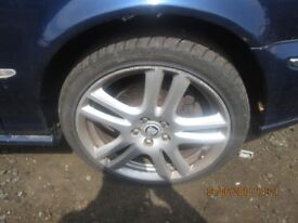 Jaguar Set of 4 Alloy Wheels and Tyres (Decent) 18s. Alloys in good condition.