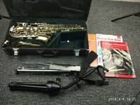 Saxophone Alto Yamaha yas 23 with accessories