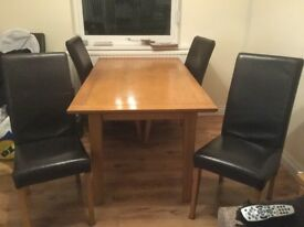Light oak Table with 4 chairs