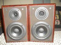 TECHNICS SB-HD51 BOOKSHELF SPEAKERS.
