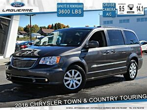 2016 Chrysler Town & Country **TOURING*CAMERA*CRUISE*A/C**