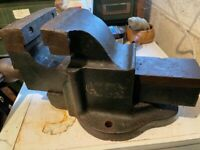 Vintage engineers vice good condition