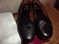 Ladies Hotter Black Ballerina Shoes size 7.5 Brand New