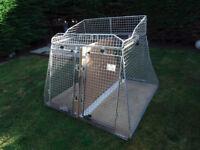 Car Dog Cage