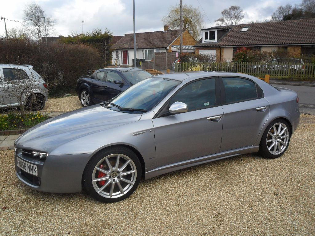 alfa 159 1 9 jtdm 16v ti low mileage in verwood. Black Bedroom Furniture Sets. Home Design Ideas