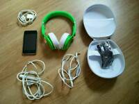 Ipod Touch 32GB (boxed) + Beats Mixr Headset (Genuine)