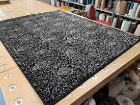 New wilton rug just under 7ft length x just over 5ft wide