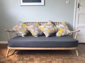Ercol Windsor nr. 203 - 3-seater sofa