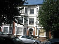 BILLS INCLUDED!! SUPER SPACIOUS DOUBLE GARDEN STUDIO FLAT NEAR ZONE 3/2 TUBE, 24 HOUR BUSES & SHOPS