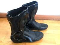 Dainese Motor Bike Boots UK-Size 10 (EUR 44) - NEW -