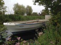 Fibreglass Houseboat Hull 42ft (12.8m) x 12ft (4m)