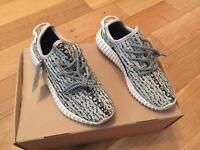 YZY Boost 350 Turtle Dove Unisex Men Women Girls Boys Trainers Shoes Size 4.5 Brand New