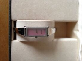 Gucci Ladies Timepiece Watch