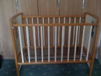 Drop sided cot in beech & white