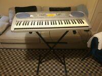 YAMAHA PSR-275 Portable Electronic Keyboard Piano 61 Keys Cordless or