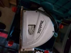 Makita plung saw.