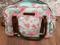 Changing Bag Baby- Beautiful flower for baby Boy and Girl - Nappy/Clothes