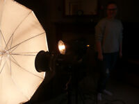 BOWENS TWO HEAD STUDIO KIT. PHOTOGRAPHY LIGHTING GEMINI GM400 with FULL WALK ON BACKDROP AND STAND