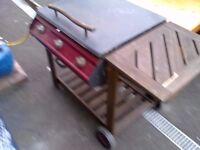 LARGE BONDI 3 BURNER BBQ WITH GAS BOTTLE AND REGULATOR. COULD DELIVER.