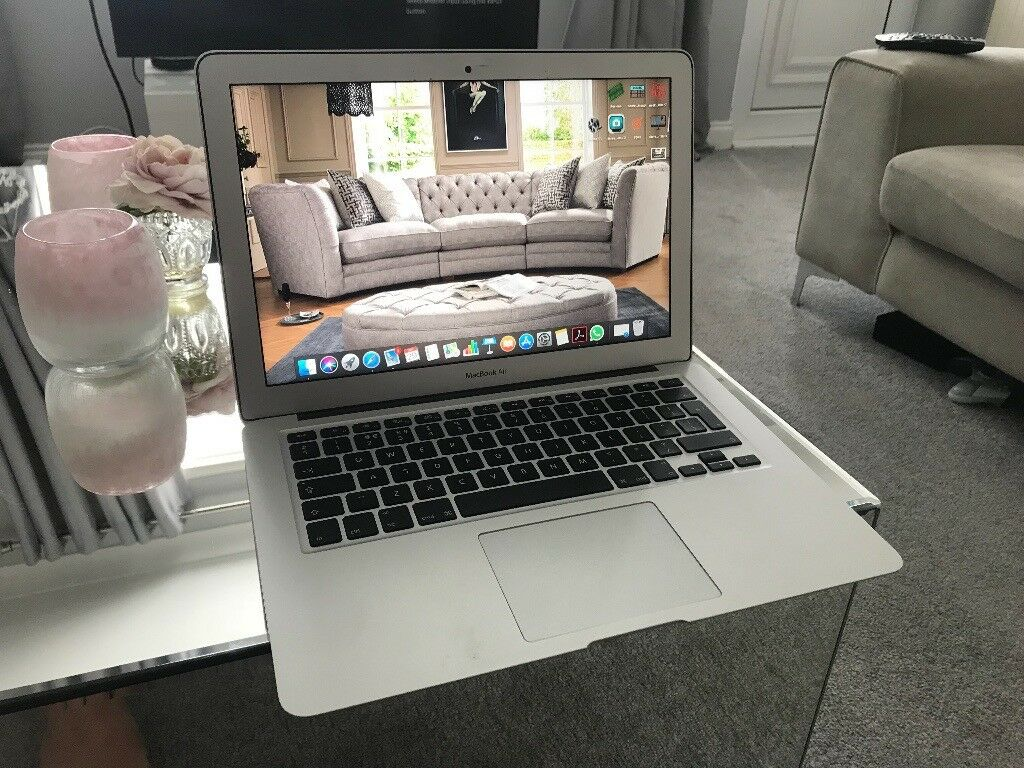 quality design f2fa2 ace3d MacBook Air 13 Inch (2017) With case. (BOXED)   in Hull, East Yorkshire    Gumtree