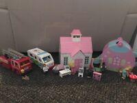 Children's wooden play sets